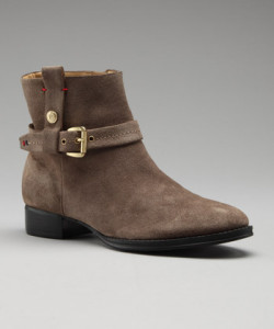 Girls clothing stores   Bucks shoes for women
