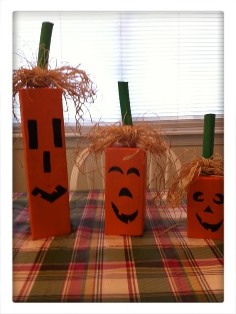 This Wooden Pumpkin Family Would Be Cute Sitting On Your Front Porch And I  Love That These Are So Inexpensive To Make! For A Fall Décor ...