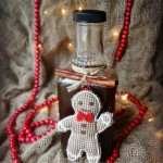Thumbnail image for Gingerbread Syrup Recipe | DIY Gift Idea