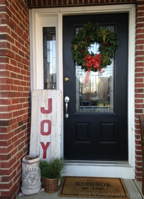 Joy Wood Pallet Sign DIY